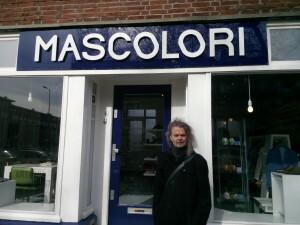 004 Mascolori