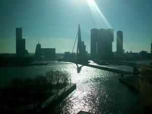 093 150308 Zondag - uitzicht op Nieuwe Maas