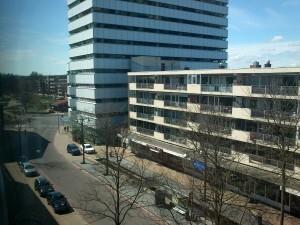 041 150419 zondag - uitzicht vanaf appartement van René