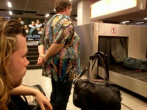 1506 waiting for luggage