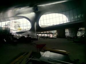 150618 126 Arnhem busstation