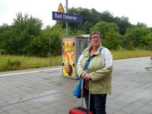 1229 wachten op de trein naar Rostock