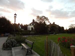085 Furnivall Gardens