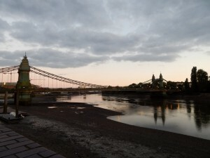 101 Hammersmith Bridge