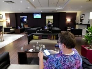 131 hotel bar