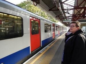 255 underground naar South Kensington