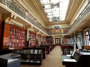 271 Victoria & Albert Museum - library
