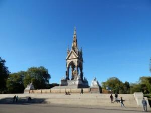 326 Albert Memorial