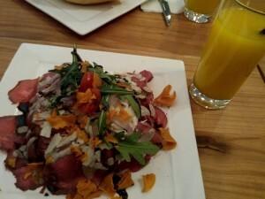 08 lunch bij ZO aan de Folkingestraat