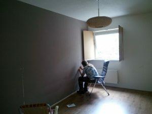 160529 282 muur slaapkamer glad maken