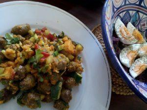 160603 329 curry van worst met peper, courgette en zoete aardappel