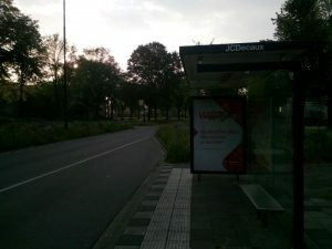 160607 354 bushalte 06.40