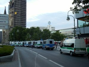 0059 Breitscheidplatz klaar voor EK-match