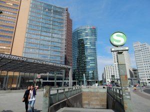 0074 overstap op Potzdamer Platz