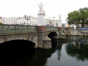 0142 Schlossbrücke