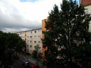 0244 160709 zaterdag - uitzicht vanuit hotelkamer