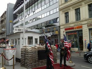 0257 Checkpoint Charlie