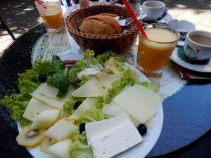 0381 Käsefrühstück