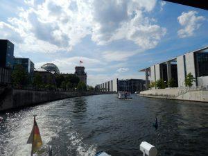 0510 Reichstag und Bundestag