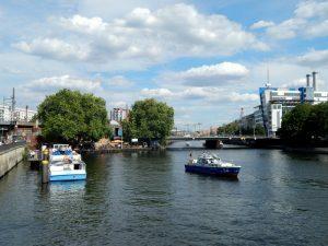 0555 Jannowitzbrücke en onze boot