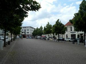 0640 Am Markt