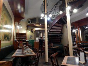 018 Restaurant La Porteuse d'Au