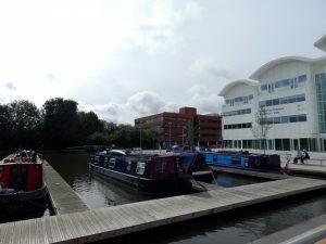 122 Waterside canal