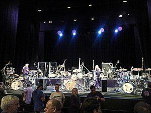 213 King Crimson stage