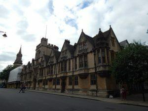 365 University College