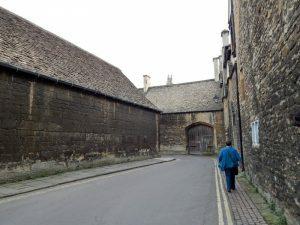400 Queen's Lane