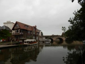 602 Thames
