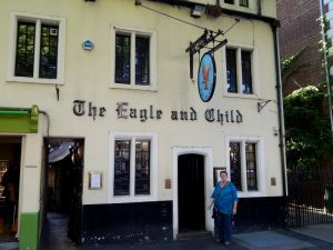 906 The Eagle And Child - St. Giles Street