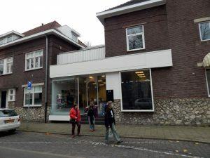 043-gong-aan-het-raadhuisplein