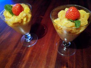 pannacotta met mango