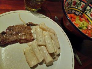 Runderschnitzel met schorseneren in kaassaus